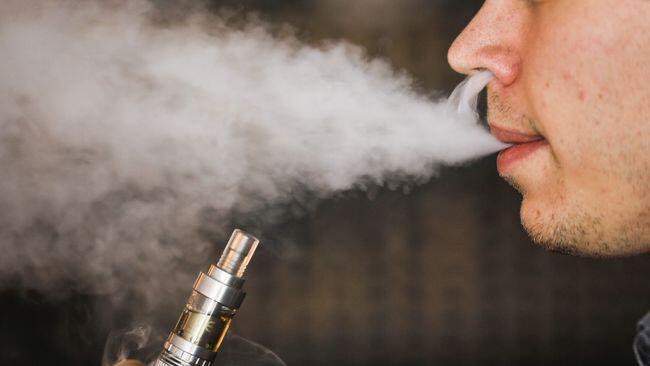 Rokok Elektrik Diduga Jadi Dalang Penyakit Paru-paru
