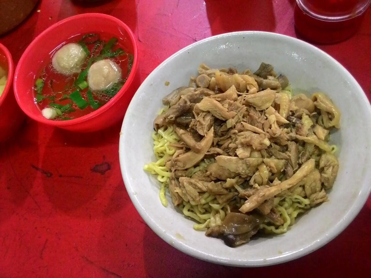 7 Tempat Makan Bakmi Ayam Terbaik Di Jakarta Timur
