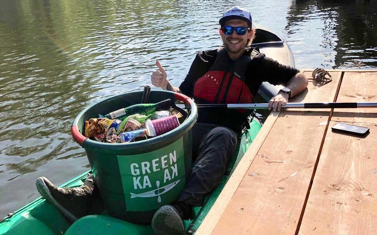 Green Kayak, Berkeliling Gratis Sambil Memungut Sampah — Anjay