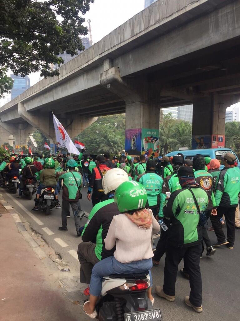 Buntut Panjang Ocehan Bos Taksi Malaysia, Driver Ojol Demo di Kedubes Malaysia