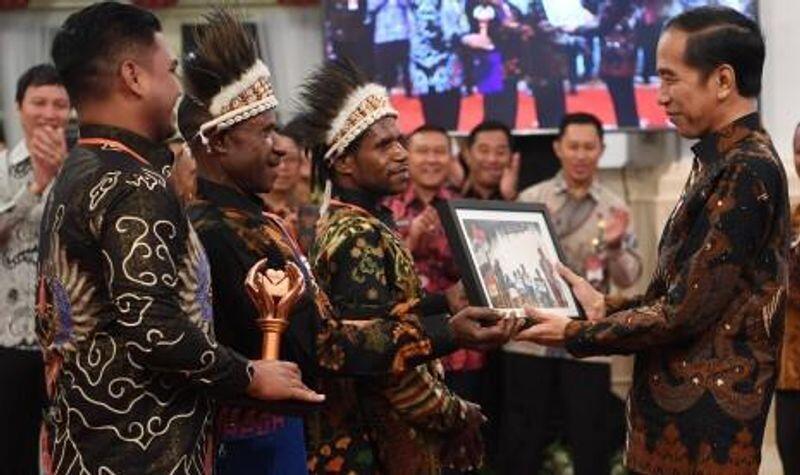 Jokowi: Jangan Ikut Campur Soal Nama Menteri