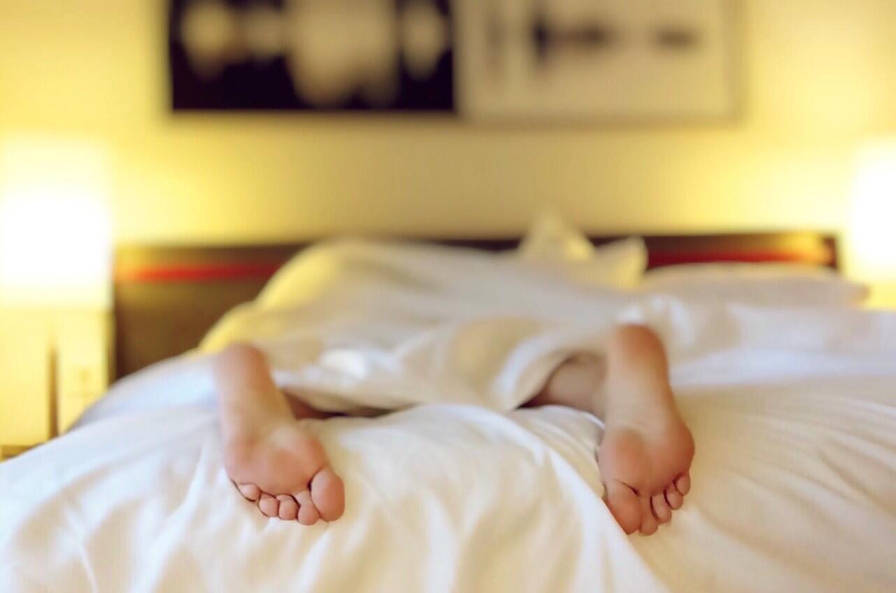 Teknik Bernapas 4-7-8 Ini Bisa Bikin Cepat Tidur (Tertidur dalam 60 Detik!)