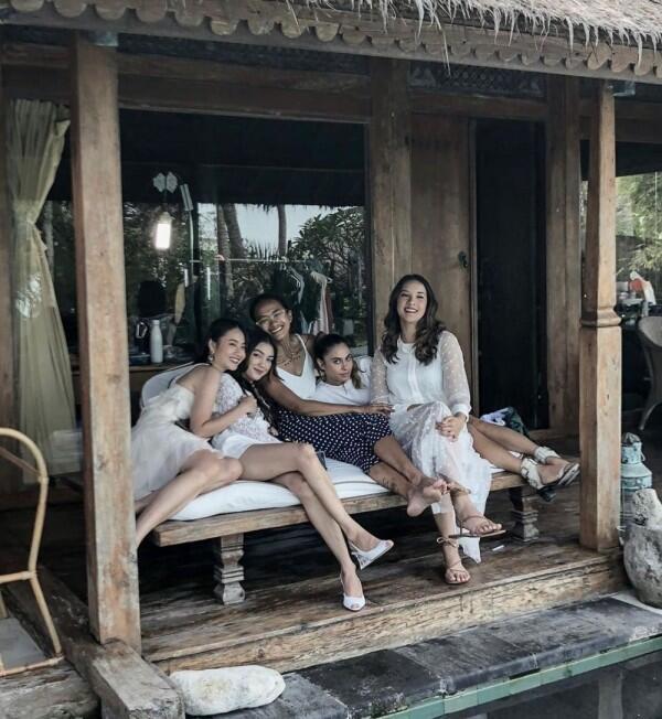 10 Potret Akrab Pemeran Pretty Little Liars Versi Indonesia, Mantul!