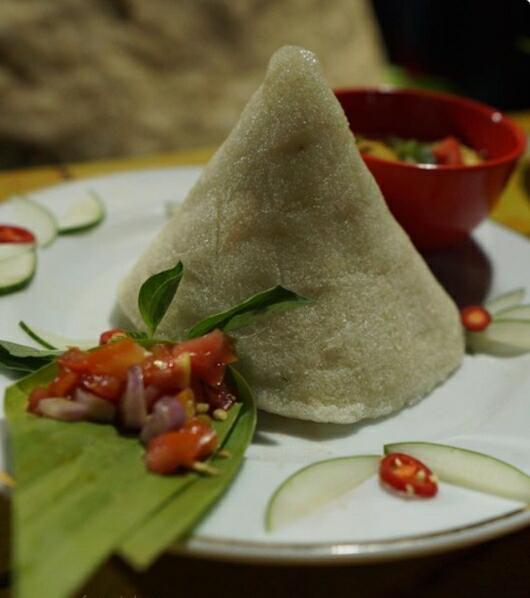 "Makanan Pokok Khas Buton ""Kasuami"", Tak Kalah Enak dengan Nasi"