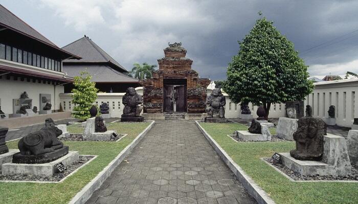 10 Bangunan Bersejarah di Yogya ini Patut Dikunjungi