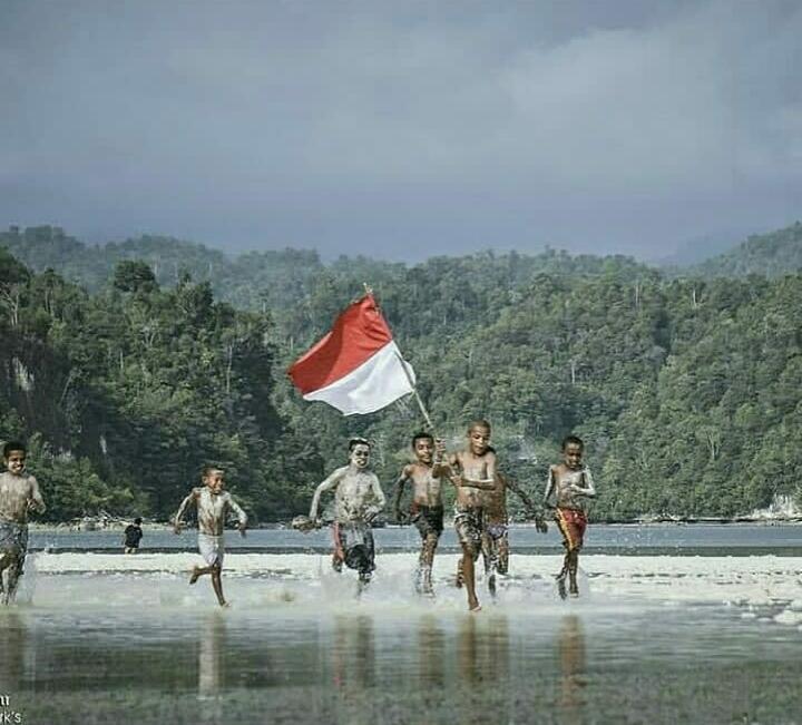 Stop Rasisme, Junjung Bhineka Tunggal Ika!