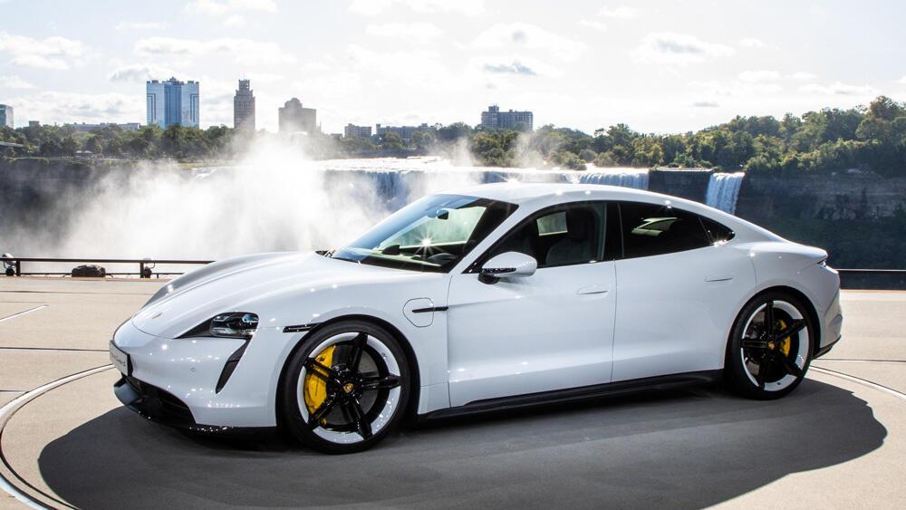 Porsche Taycan, Mobil Listrik Pertama Porsche