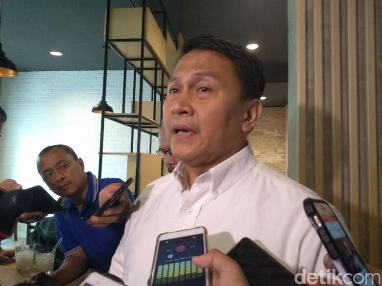 Anggota DPRD Banten Gadai SK, Komisi II DPR: Tutup Utang Kampanye?