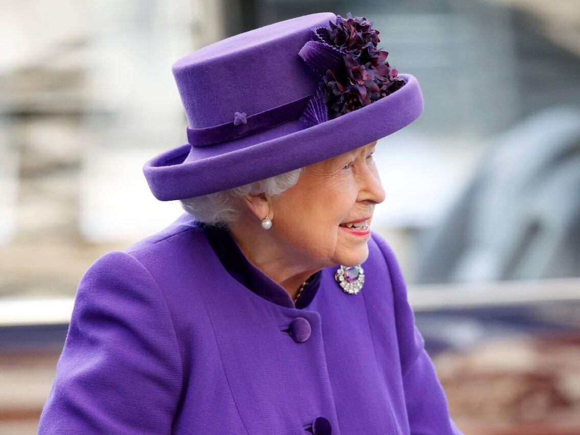 Ratu Elizabeth Sedang Cari Asisten Rumah Tangga di Kerajaan Inggris, Minat?