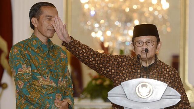 Menolak Lupa, BJ Habibie Pulihkan Rupiah dari Rp15.000 ke Rp6.500