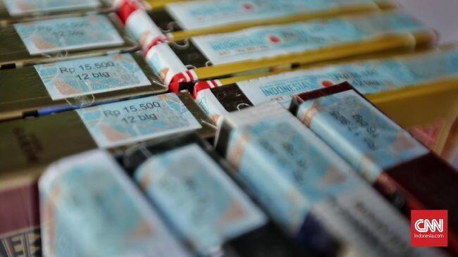 Jokowi Kerek Cukai, Harga Rokok Naik 35 Persen Tahun Depan