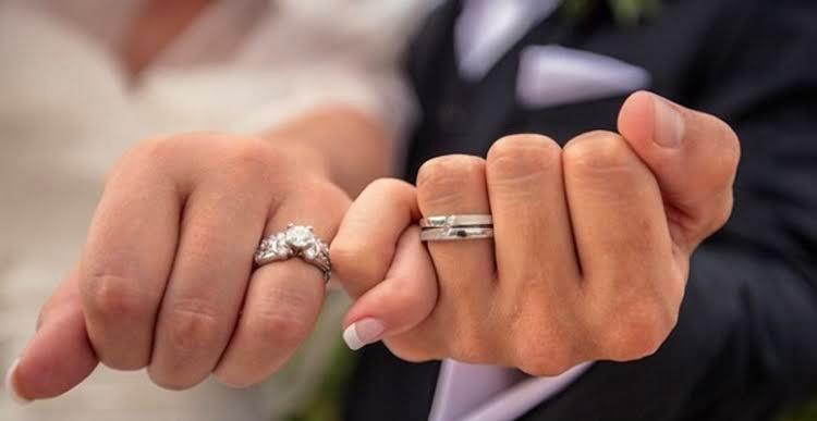 Seorang Wanita AS Bermimpi Menelan Cincin Pertunangannya, Eh Ternyata Betulan!