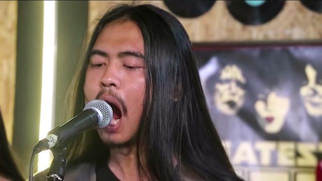 5 Fakta Penyanyi Unik Mawang