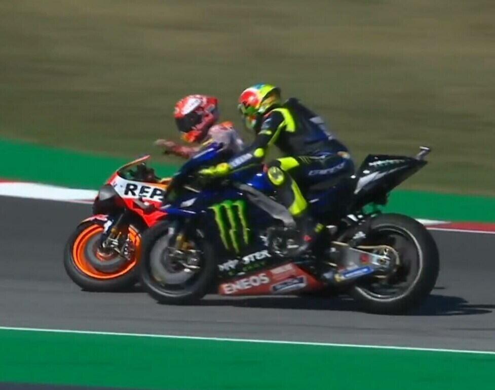 Marquez Enggan Meminta Maaf Atas Insiden Senggolan Dengan Rossi Di Misano Kemarin