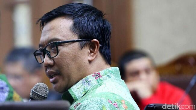Imam Nahrawi Menteri Kedua Jokowi yang Jadi Tersangka KPK