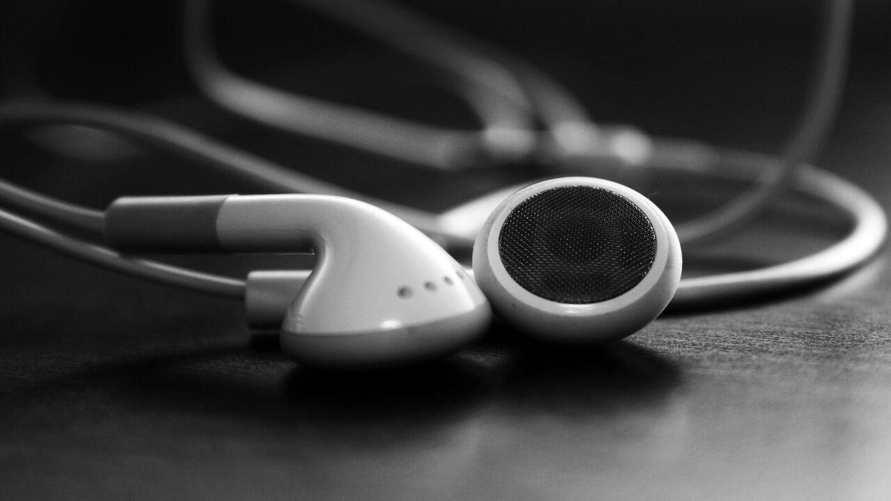 Tips Merawat Earphone Agar Lebih Awet Menurut Pengalaman Ane (Panduan Versi Ribet)