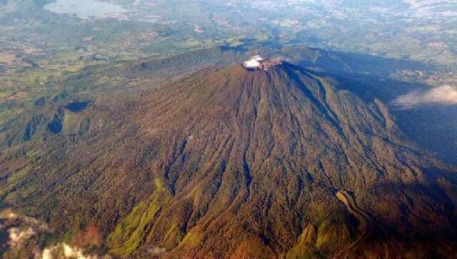 Yang Tertinggal di Gunung Ceremai