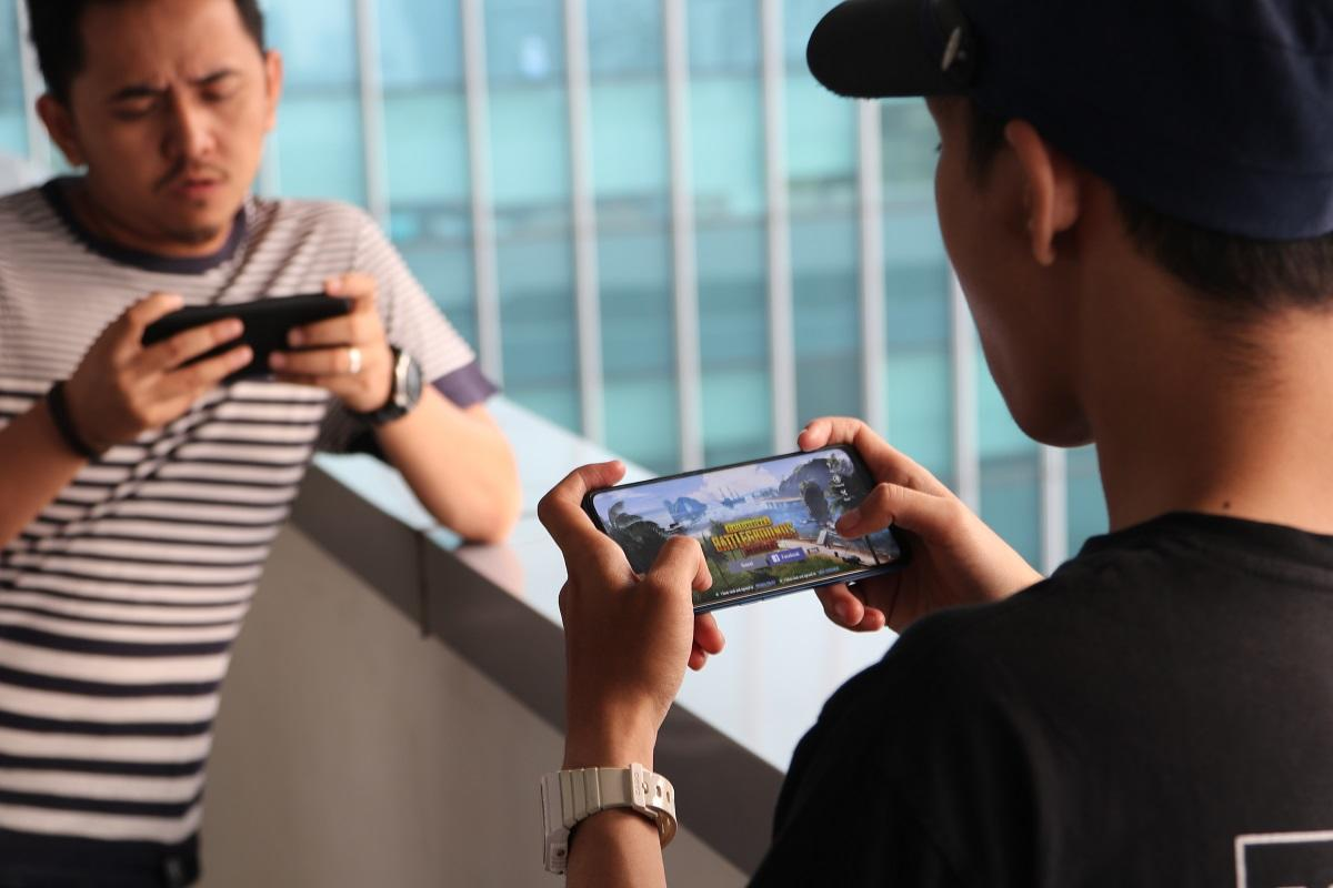 Nge – PUBG Seru Ama Ponsel dengan RAM 8 GB dan Baterai 5.000 mAh