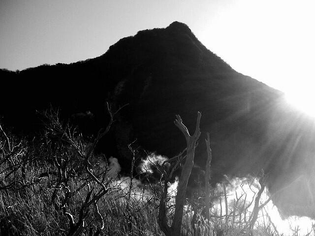 Misteri Gunung Oyama dan Mitos Suara Burung Gagak