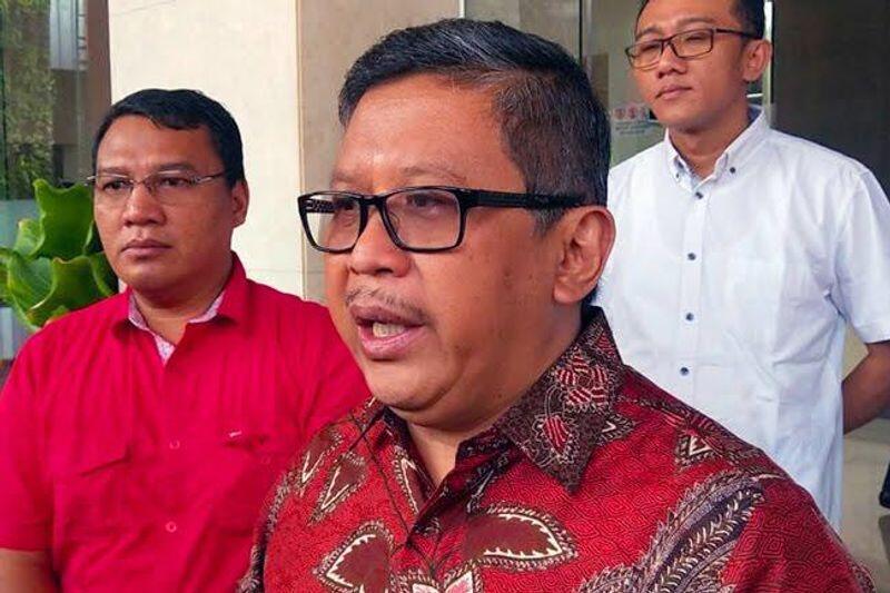 PDIP Pasang Badan Bantu Jokowi Hadapi Serangan Isu RUU KPK