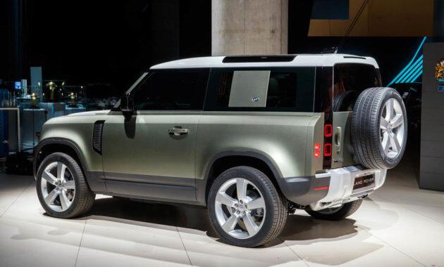 Land Rover Defender Terbaru Bisa Dikemudikan dengan Remot Kontrol