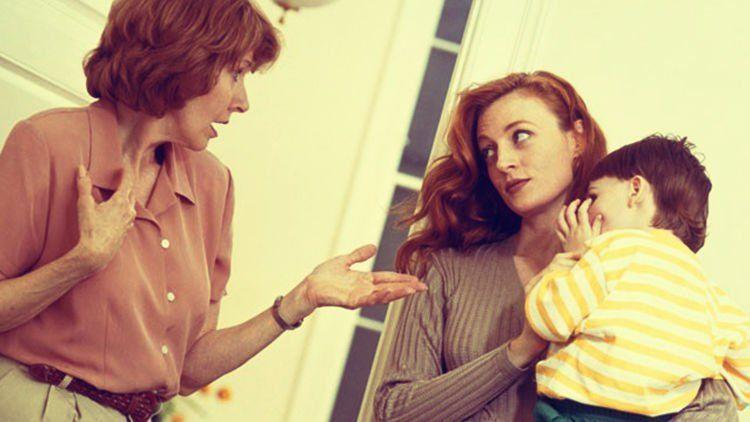 Kenapa Lebih Baik Tinggal Terpisah dari Orang Tua Setelah Menikah?