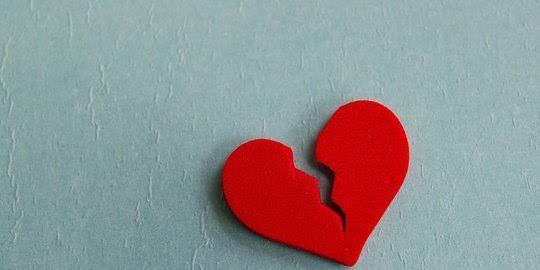 Patah Hati Karena Cinta, Lakukan Hal Ini Lebih Bermanfaat Gan!