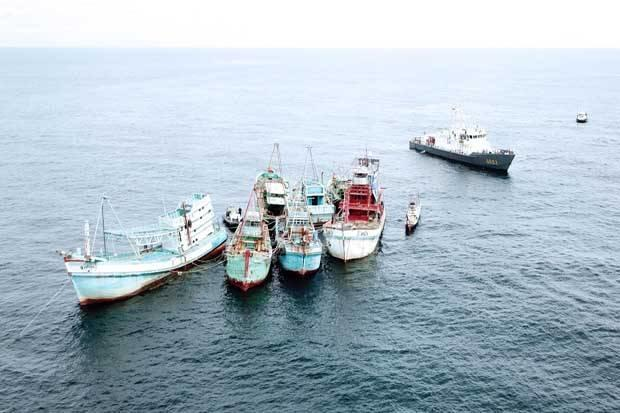21 Kapal Ikan Asing Ditenggelamkam di Perairan Kalbar