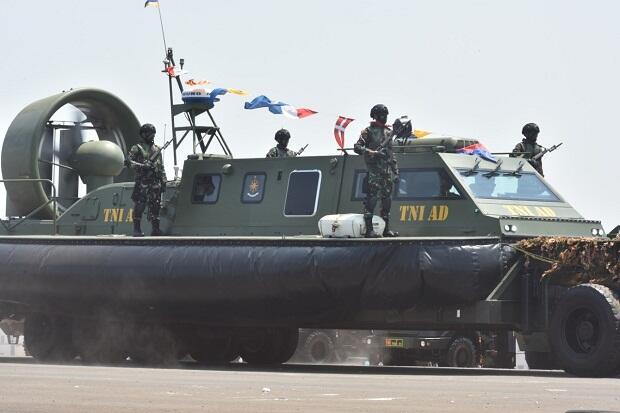 Jet Ski dan Hovercraft Bekangad Unjuk Gigi di HUT Ke-74 TNI