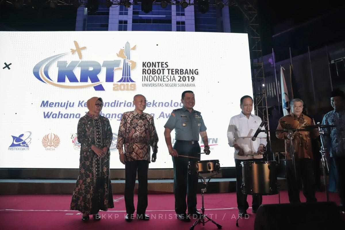 Kontes Robot Terbang Indonesia Diharap Lahirkan Penemu Baru Bidang Kedirgantaraan