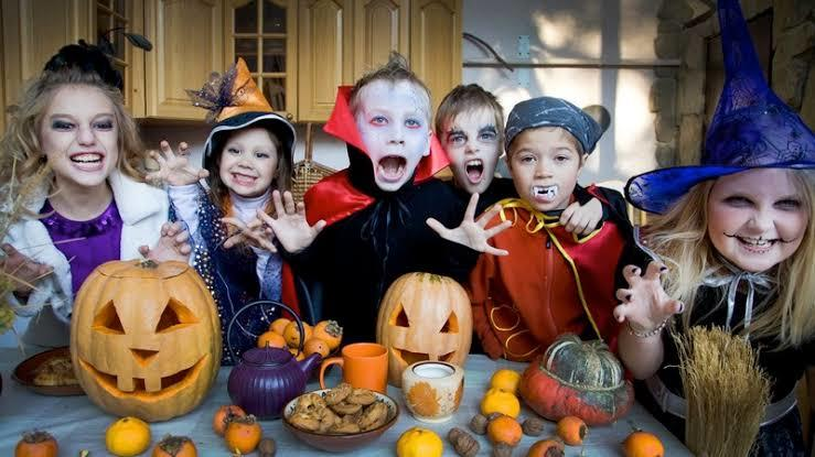 (Halloween) Hari Yang Paling Ditunggu - Tunggu