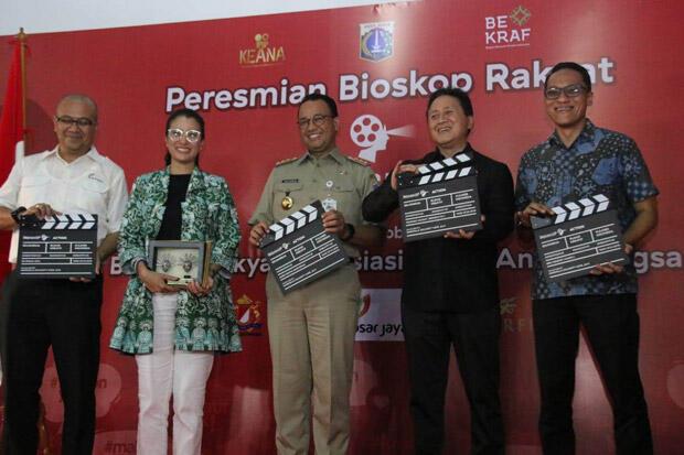Anies Resmikan Bioskop Murah di Pasar Teluk Gong, HTM Cuma Rp18.000