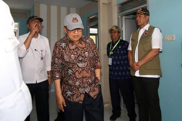 Wapres JK dan Kepala BNPB Tinjau Hunian Korban Gempa-Tsunami Palu