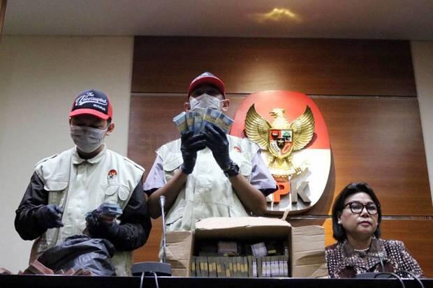Kronologis OTT Bupati Lampung Utara, Tim KPK Sempat Dihalang-halangi