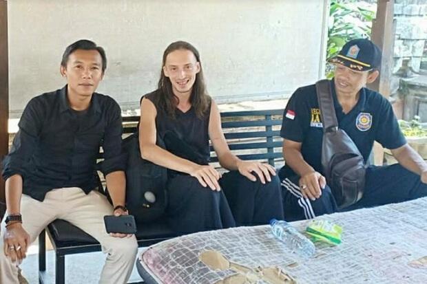 Wisatawan Rusia Ditemukan Linglung di Ubud Bali, Diduga Kehabisan Uang