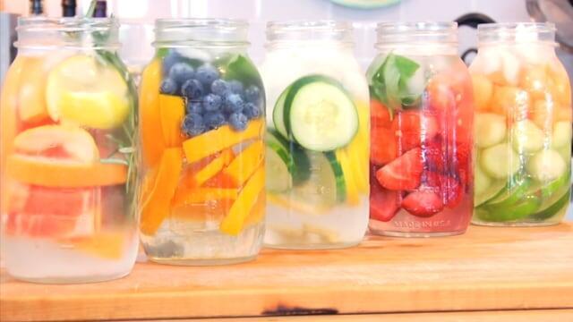 Mitos Atau Fakta? Minum Infused Water Bisa Turunkan Berat Badan, dan Mencegah Penuaan