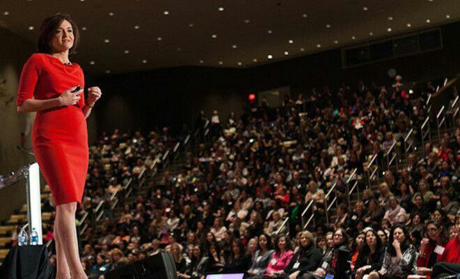 Wajib Baca! 5 Kiat Ampuh Agar Percaya Diri Menjadi Pembicara Umum yang Berkelas