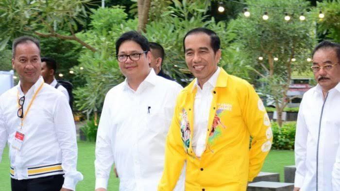 Airlangga Hartarto Kartu AS Jokowi di Panggung Politik