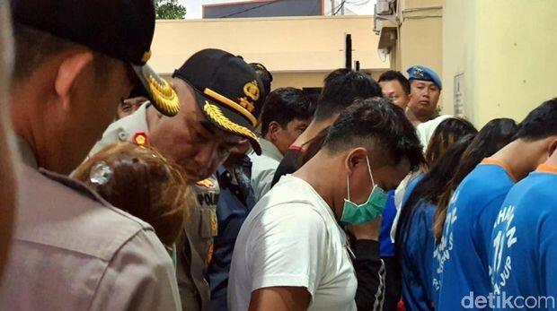 Polisi Sergap 5 Penjual Wanita-Ladyboy ke WN Timur Tengah di Cianjur