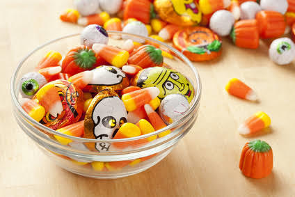 Perayaan Halloween, Berkostum Serem Tapi Kok Minta Permen?