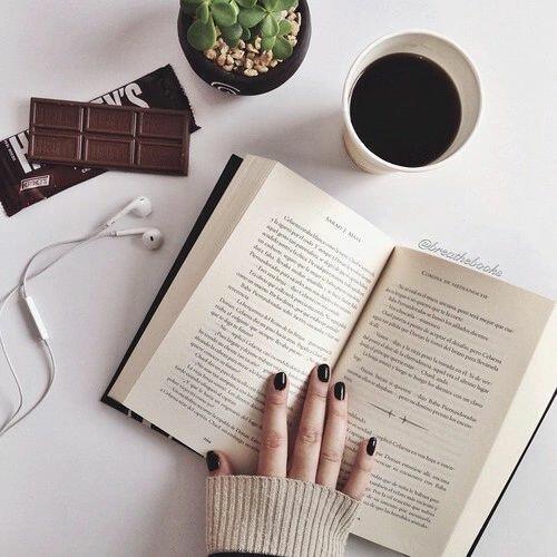 Pandai Dalam Dunia Tulis Menulis, Tak Harus Jadi Penulis, Benarkah?