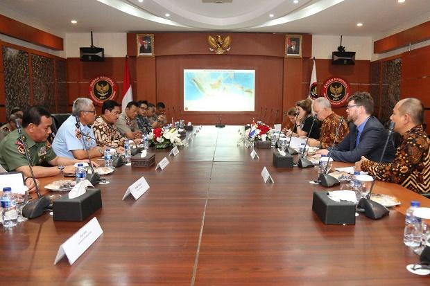 Indonesia-Belanda Bahas Penanganan Eks Kombatan dan Simpatisan ISIS di Suriah