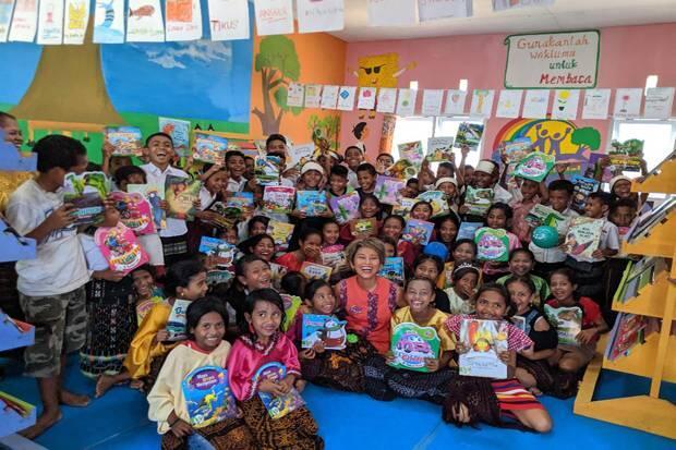 TB Pelangi Resmikan 10 Perpustakaan Berbasis Teknologi di Ende, Flores