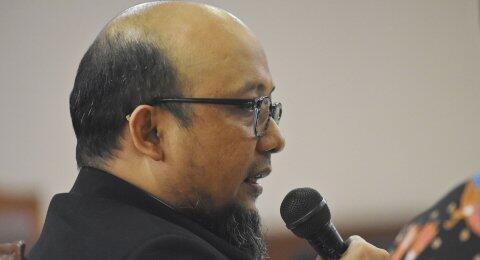 Novel Blak-blakan soal Foto Viral Dirinya Bareng Gubernur Anies Baswedan