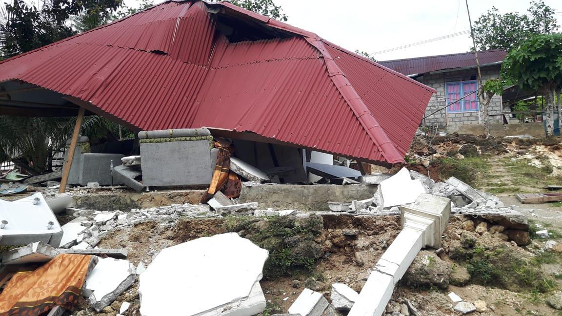 39 Orang Meninggal, Kepala BNPB Ajak Warga Maluku Ringankan Korban Gempa Ambon