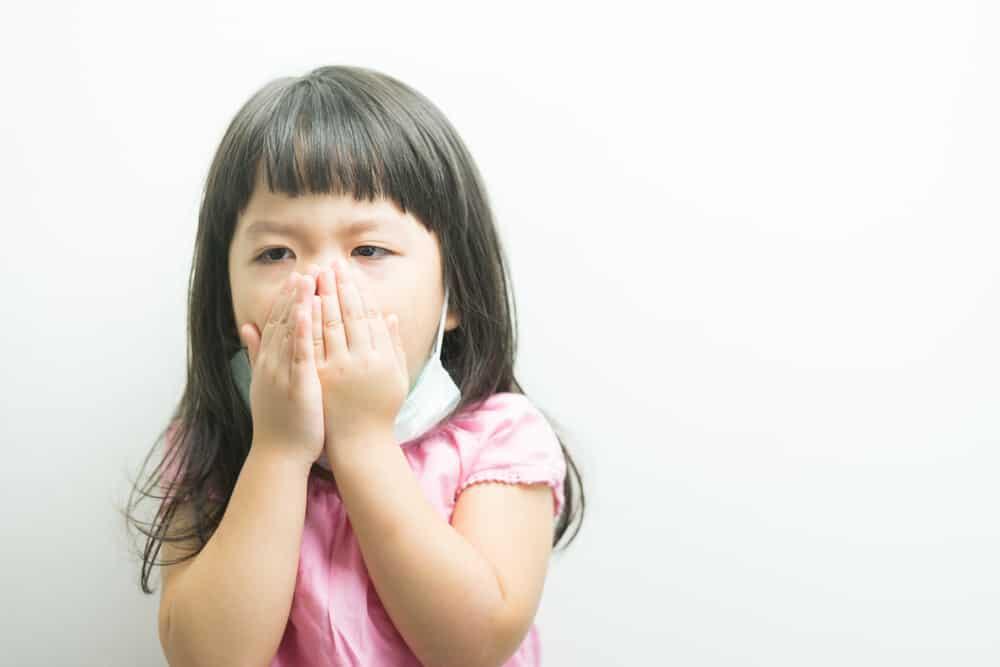 Manfaat Madu Sebagai Obat Batuk Anak, Ibu Harus Tahu!