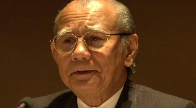 Emil Salim, Dihormati Jokowi, Dimaki Arteria Dahlan