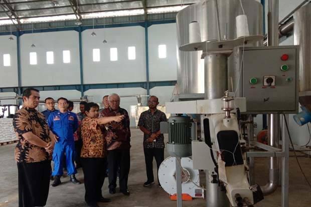 Kementerian Kelautan Perikanan Resmikan Pabrik Pakan Ikan di Pangandaran