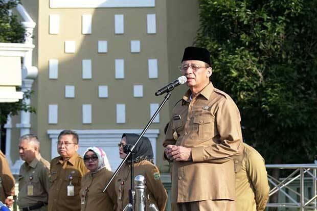Gubernur Banten Wahidin Halim Prihatin Kasus Penusukan Wiranto