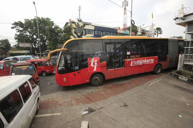 Demo Buruh Bubar, Operasional Bus Transjakarta Kembali Normal